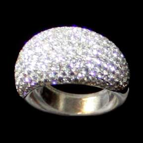 18K White Gold Ring (Hong Kong)
