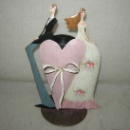 New Married Couple Sitting on Heart Back to Back Candle Holder (China)